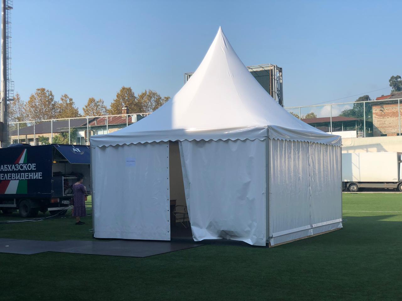 5х5 1 1 - Аренда шатра и оборудования для гримерок